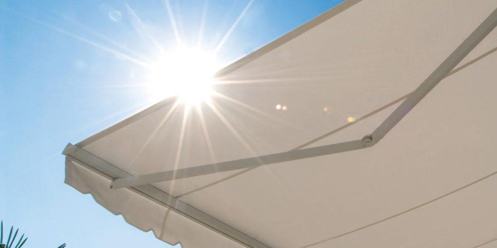 Come scegliere la tenda da sole per esterno